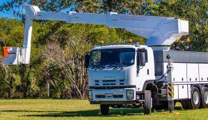 isuzu-white-truck